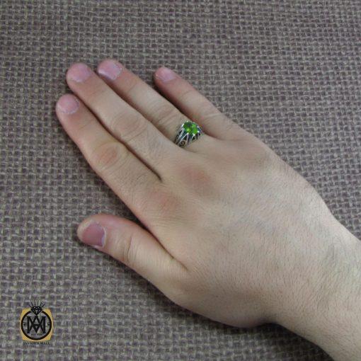 انگشتر نقره مردانه با نگین زبرجد – کد ۸۱۸۰