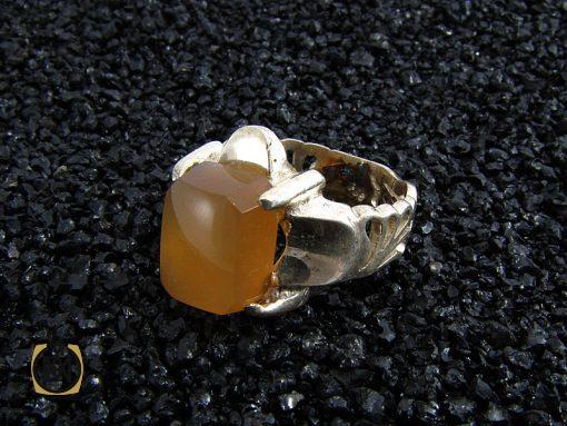 انگشتر عقیق یمن مردانه با حکاکی شرف الشمس - کد 8225 - 8225 510x383