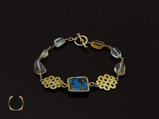 دستبند فیروزه نیشابوری و کوارتز زنانه طرح روناک – کد ۱۰۷۸