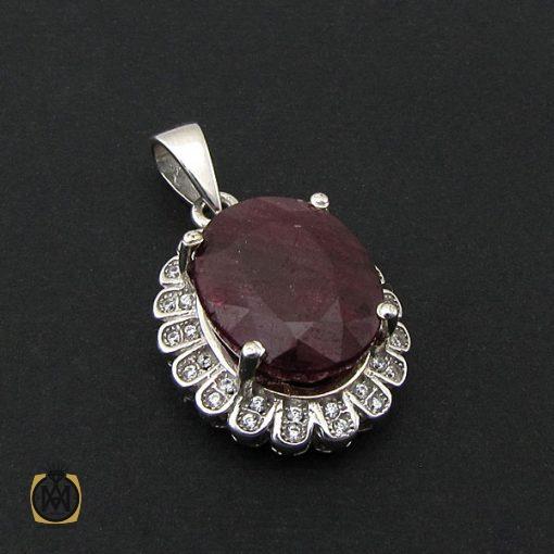 مدال یاقوت سرخ معدنی زنانه طرح دنیا – کد ۳۱۱۷
