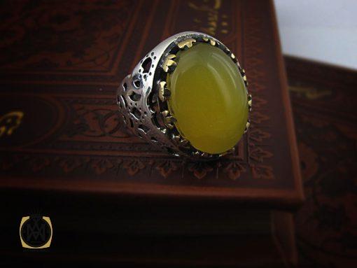 انگشتر عقیق زرد با حکاکی شرف الشمس مردانه – کد ۸۳۸۶