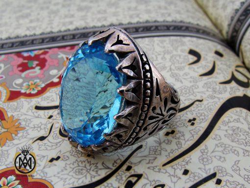 انگشتر توپاز آبی درشت و سلطنتی مردانه هنر دست استاد مغان – کد ۱۰۰۳۵