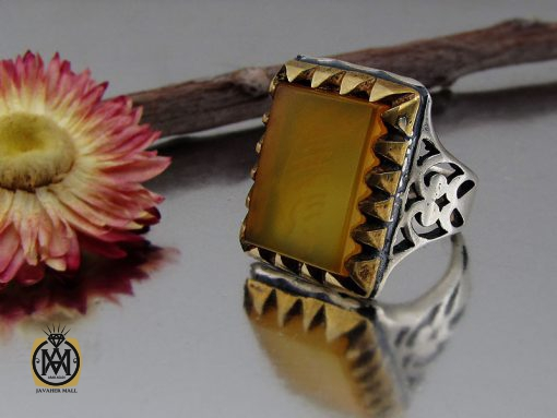 انگشتر عقیق زرد با حکاکی شرف الشمس مردانه – کد ۸۸۲۷