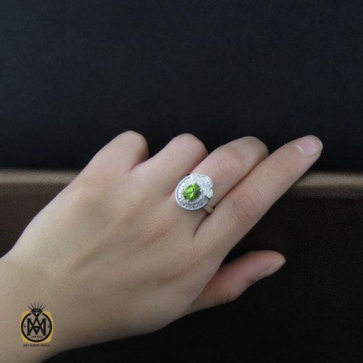 انگشتر زبرجد زنانه اصل طرح آوا – کد ۲۱۳۶