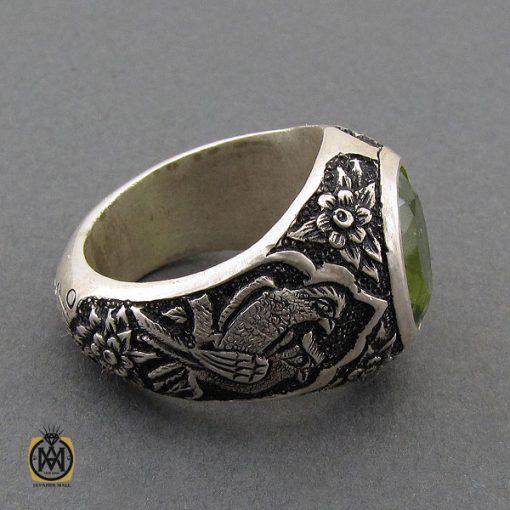 انگشتر فاخر زبرجد مردانه قلمزنی دست ساز- کد ۱۰۲۴۹