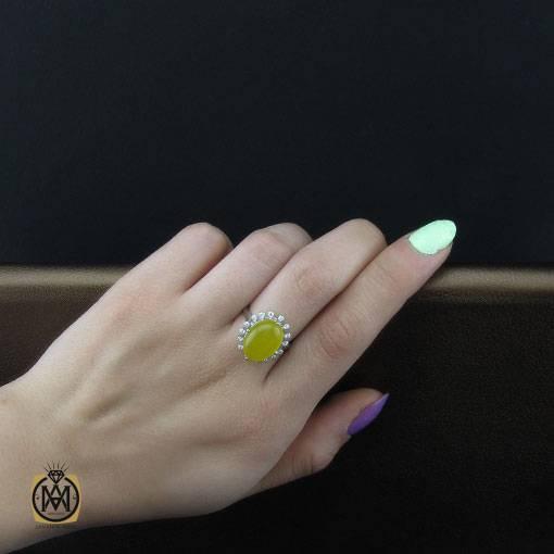 انگشتر عقیق زرد زنانه