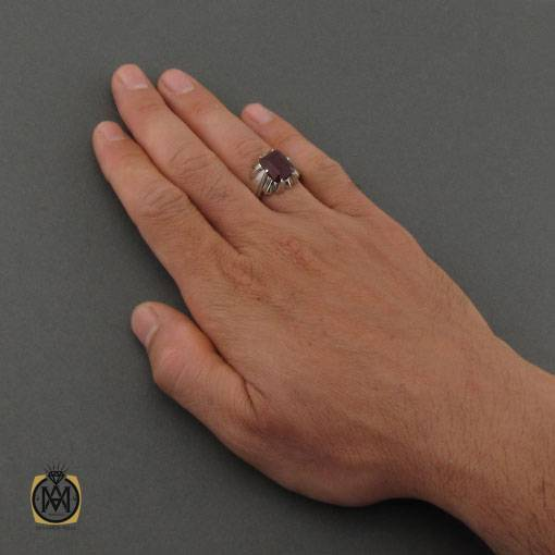 انگشتر یاقوت قرمز آفریقایی