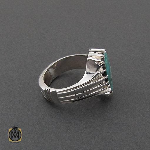 انگشتر فیروزه نیشابوری خوش نقش مردانه دست ساز – کد ۱۱۰۱۰