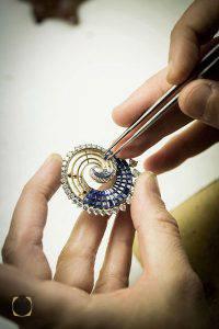 هنر مخراج کاری جواهرات