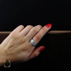 انگشتر نقره سولیتر زنانه طرح گلاله