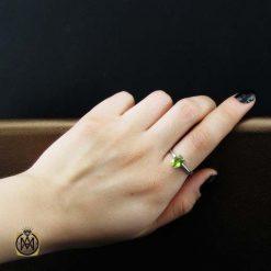 انگشتر زبرجد زنانه اصل و معدنی طرح نیروانا (2)