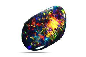اوپال سیاه در لیست گرانترین سنگهای قیمتی